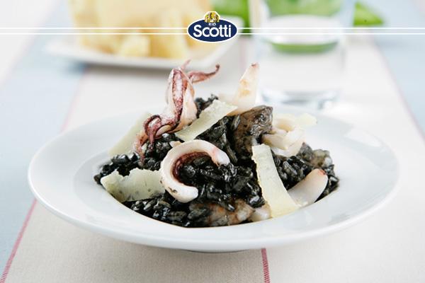 Risotto-negro-de-calamares-